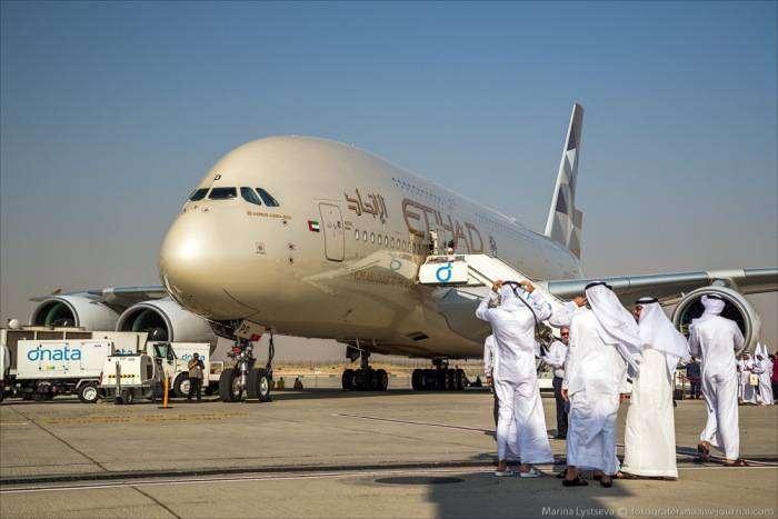 Вот они самые роскошные самолеты летающие в Дубаи (39 фото)
