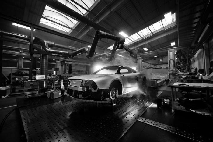 Прототип спорткара в стиле Skoda 130 RS (14 фото)