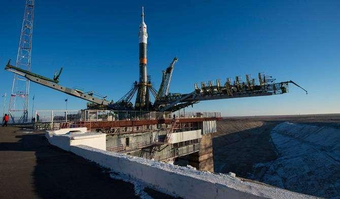 Старт космического корабля «Союз ТМА-19М» (22 фото)