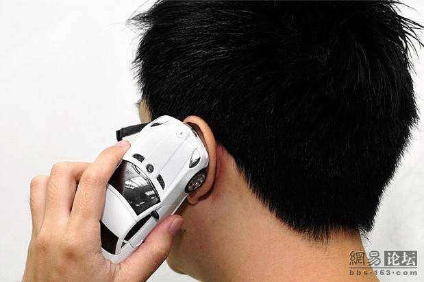 Телефон для любителей мерседесов (8 фото)
