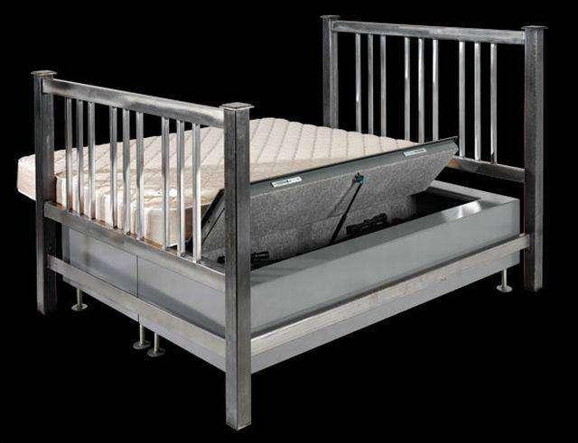 Кровать с сюрпризом (5 фото)