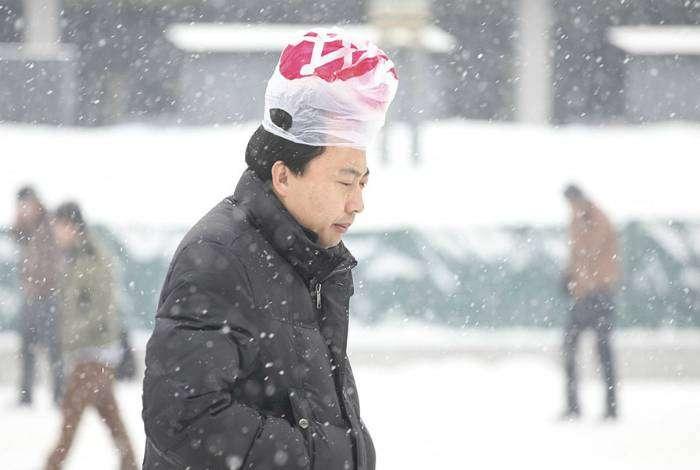 Сезон людей с пакетиками на голове объявляется открытым.