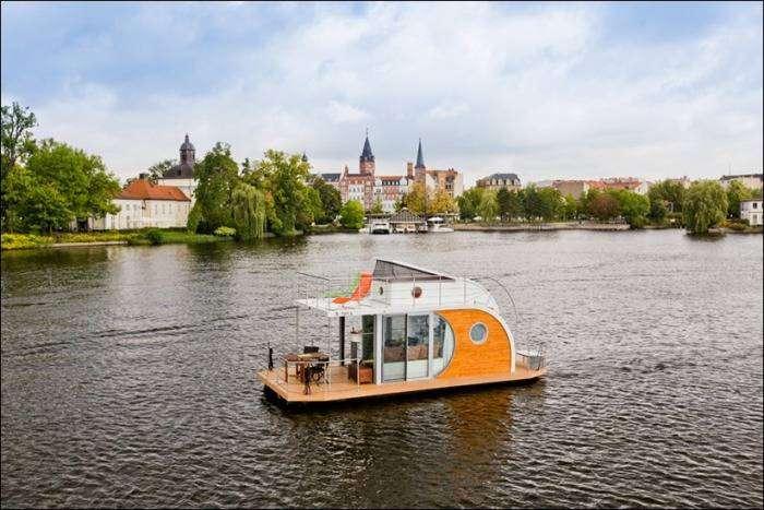 Nautilus Hausboote - немецкая фирма по производству плавучих домов.