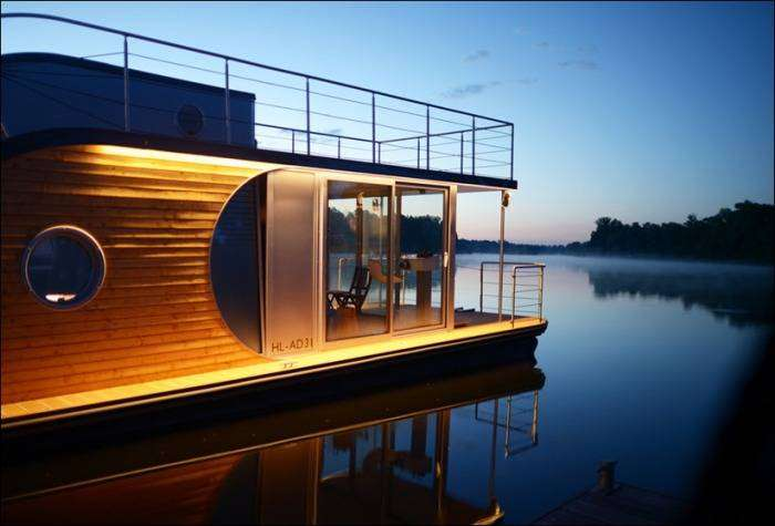 Nautilus - дом на плаву о немецких архитекторов.