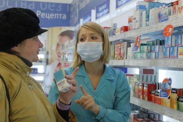 Как нас обманывают в аптеках: сравниваем популярные лекарства