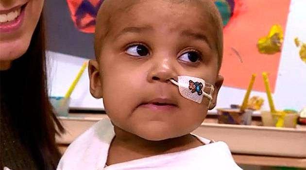 Рождественское чудо: малышка полностью победила рак спомощью новейшего метода