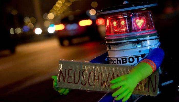 hitchBOT и другие невероятные роботы 2015 года.