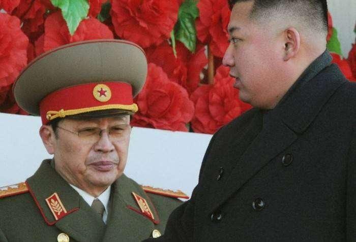 Чан Сон Тхэк и Ким Чен Ын во времена вершины могущества дяди Великого руководителя