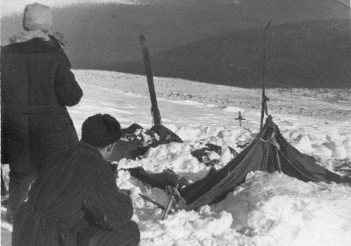 Тайна гибели группы Дятлова (4 фото)