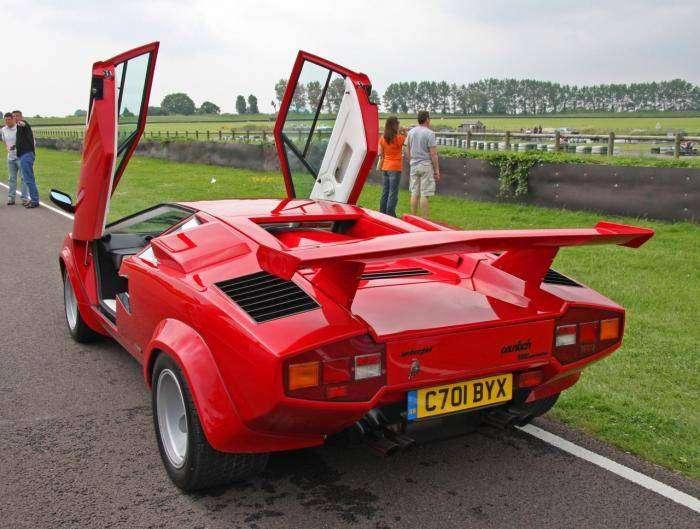 Спорткар Lamborghini Countach (7 фото)