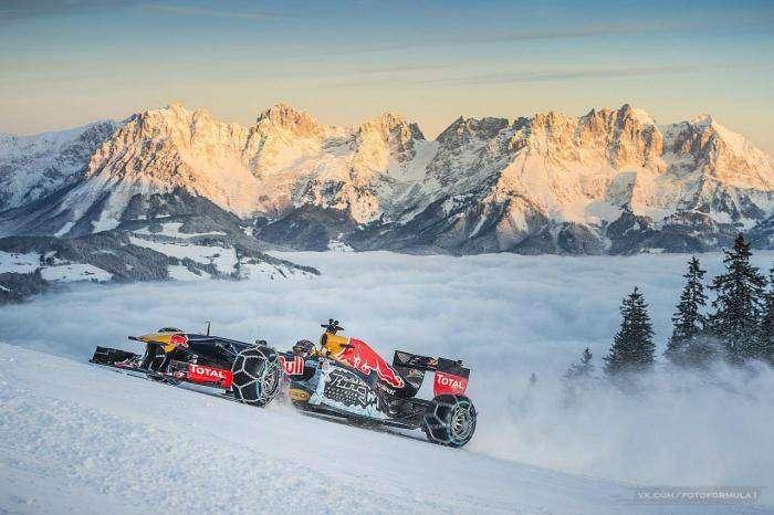 Болид Red Bull проехал по горнолыжной трассе в Австрии (13 фото)