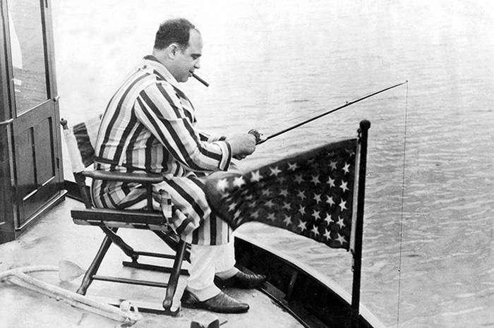 Жизнь и смерть Аль Капоне (6 фото)