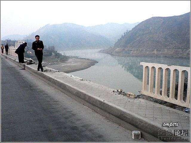 Суета на мосту (29 фото)