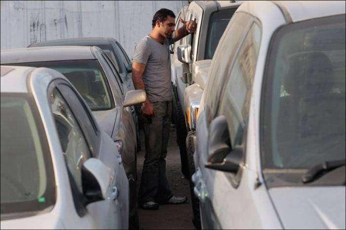 Автомобили в Ираке (16 фото)
