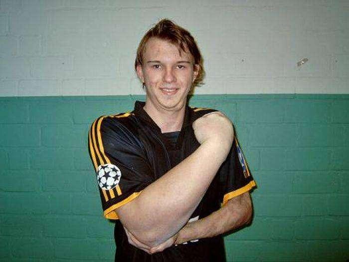 Чемпион Германии по армреслингу (3 фото)