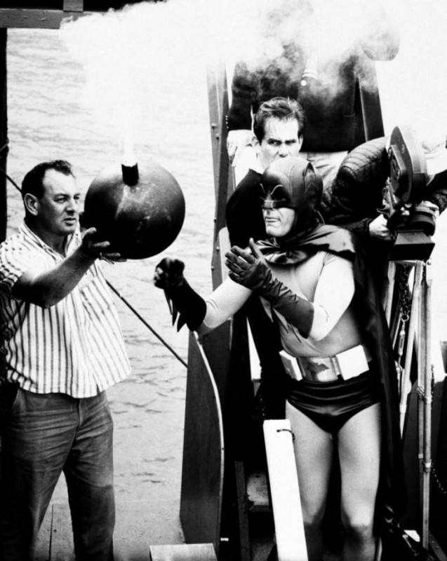 Бэтмен против времени: каким был Бэтмен 50 лет назад (12 фото)