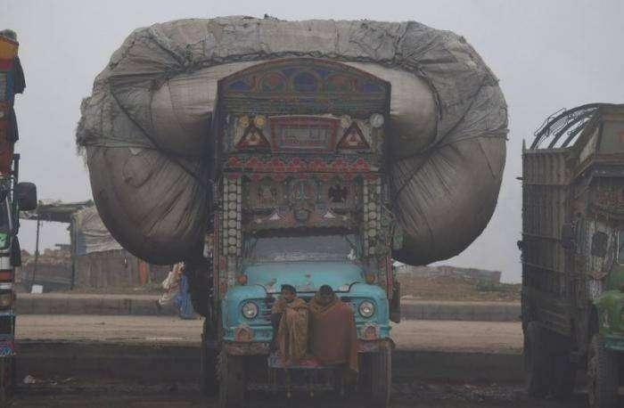 Повседневная жизнь людей в Пакистане (30 фото)