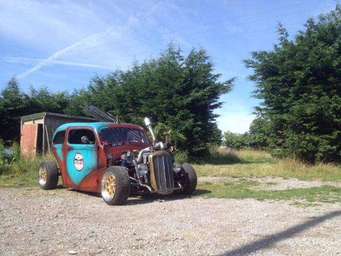 Хот-род для дрифта с кузовом от старенького Форда (10 фото)