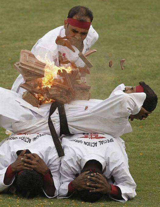 Группа по борьбе с терроризмом в Индии (13 фото)