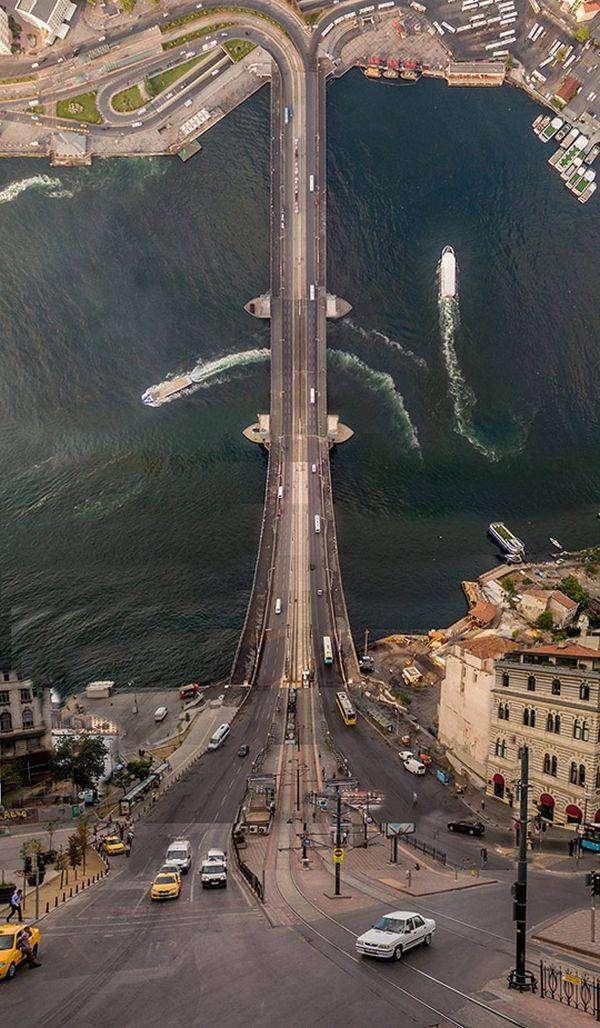 Стамбул в двухмерном стиле (10 фото)