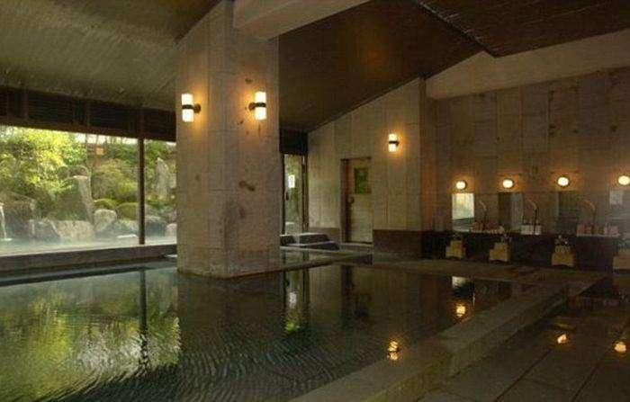 Гостиница Хоси - самая старая гостиница в мире (8 фото)