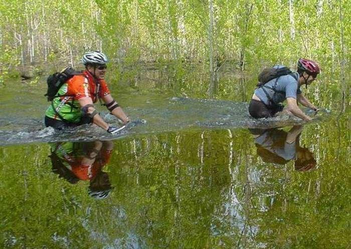 Суровые велосипедисты.