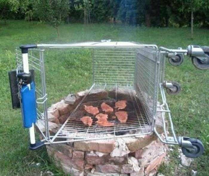 Спасибо супермаркету за эту прекрасную тележку для барбекю.