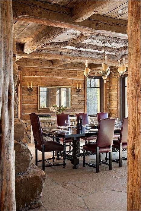 Сочетание роскоши с элементами классической деревянной хижины.