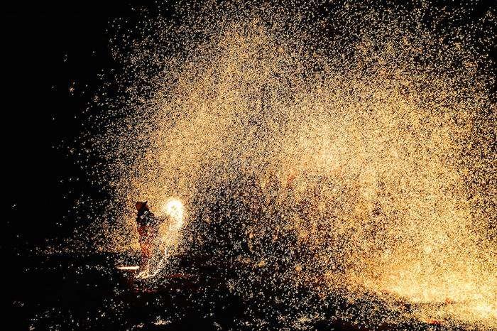 Огненный фестиваль – Nuanquan, Китай