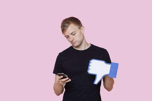 Фото 1 - Посты в соцсетях, за которые могут удалить из друзей навесгда