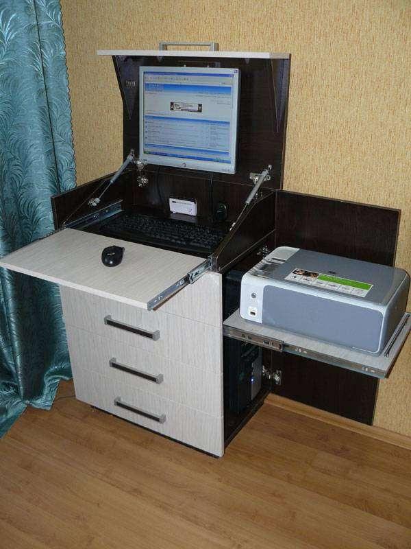 Компьютерный стол от Романа Кузьмина