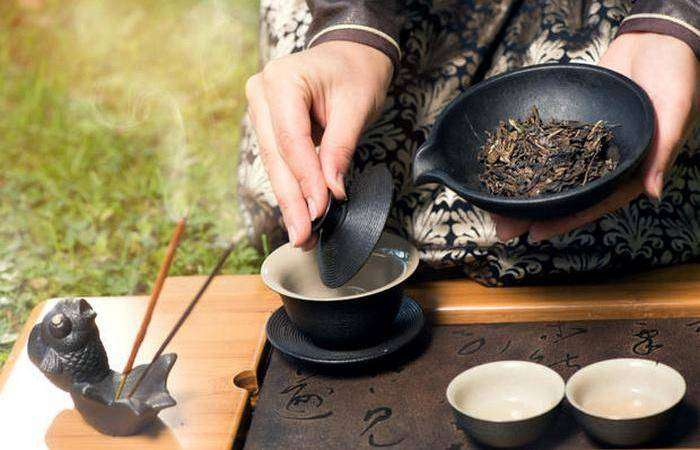 tea in china essay Free essay: exploration of chinese tea knowing chinese tea culture thoroughly is a wise way for people to explore the chinese society and culture as a.