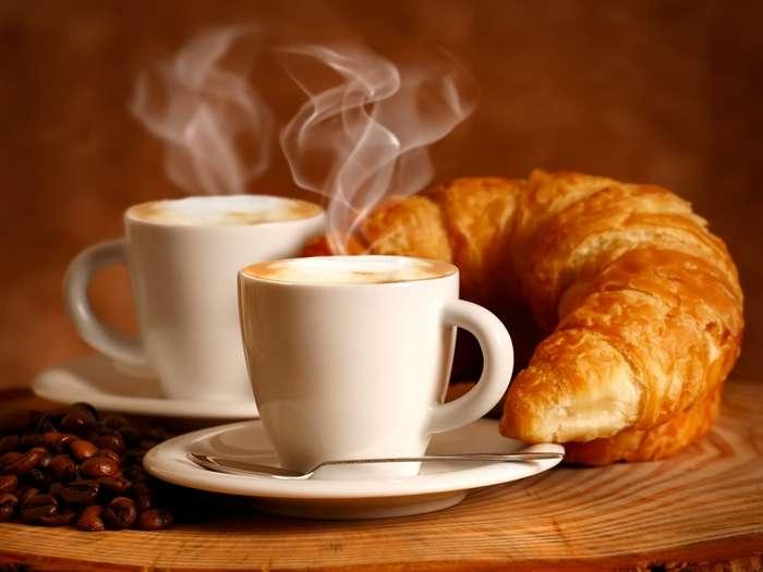 Что происходит с теми, кто пьет кофе каждый день (5 фото)