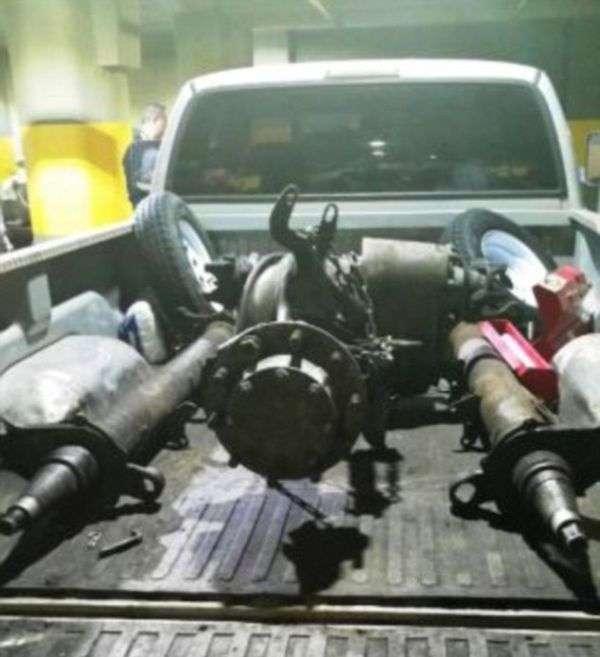В Нью-Йорке задержали наркоторговцев с героином (4 фото)