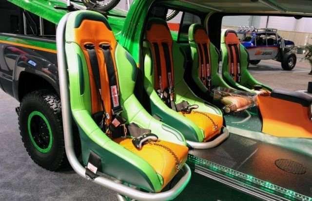 Автомобиль для геймеров (14 фото)