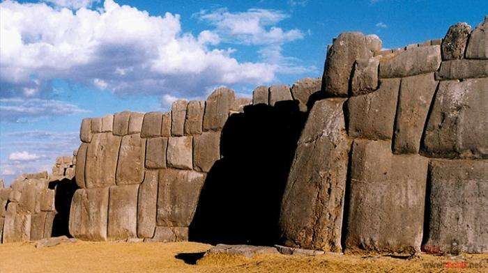 Археологические находки, которые современная наука не может объяснить (12 фото)