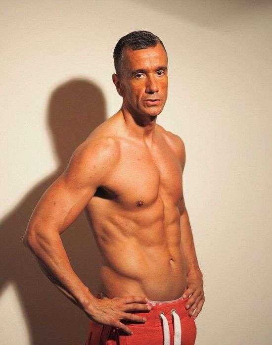 41-летний англичанин привел себя в форму за 2,5 месяца (7 фото)