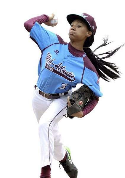 Моне Дэвис, 13 лет, бейсболистка (5 фото)