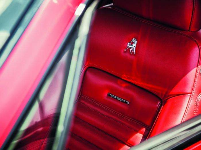 Equus Bass 770 - старый Mustang по новому (14 фото)
