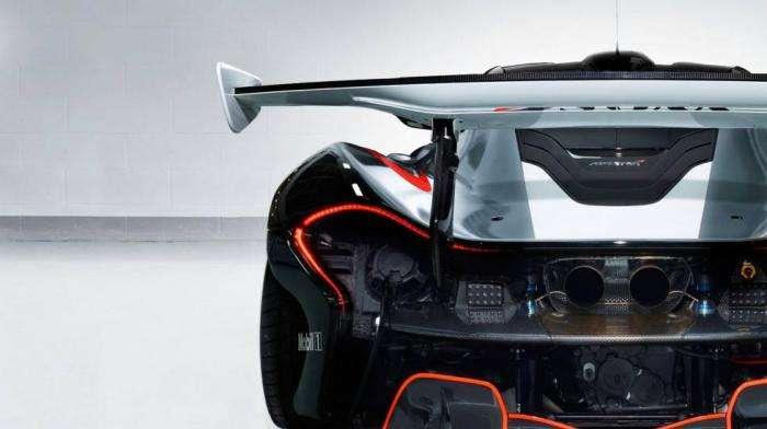 12 безумных McLaren P1 GTR в одном гараже (9 фото)