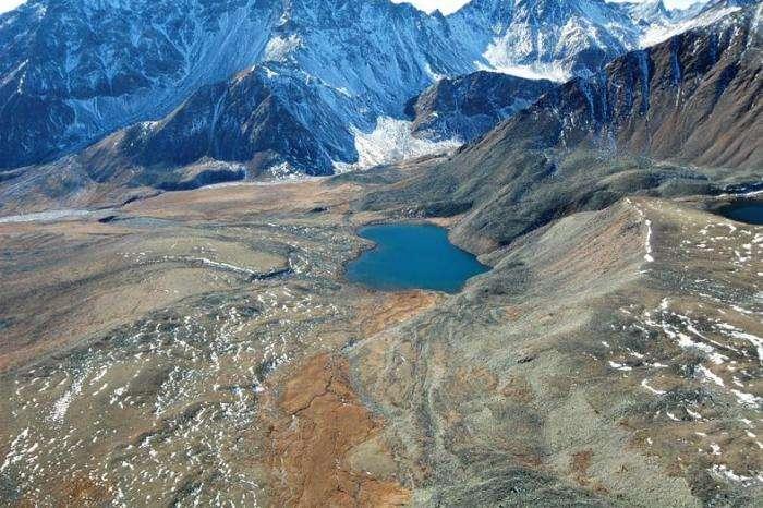 Путешествие в Долину целебных источников (4 фото)