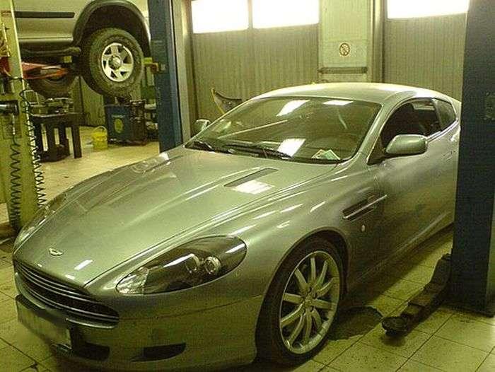 Aston Martin изрядно разочеровал (4 фото)