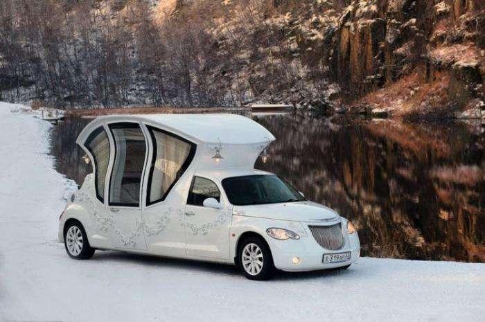 Карета-лимузин для катания молодоженов (11 фото)