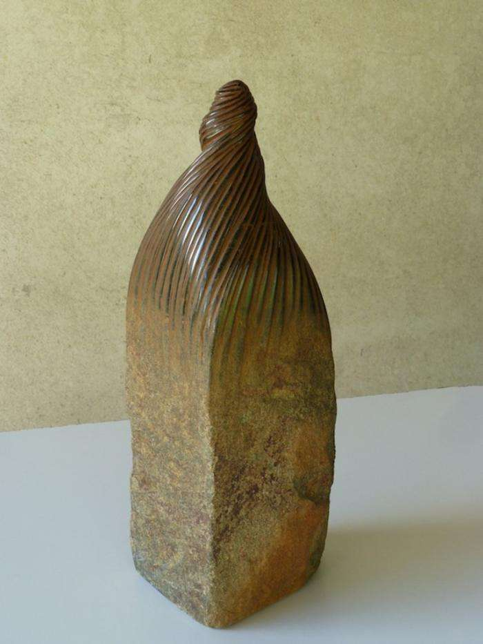 Испанский скульптор, который владеет искусством мять камни (10 фото)