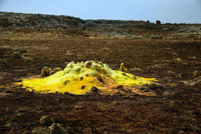 Чужая планета: вулкан Даллол (13 фото)