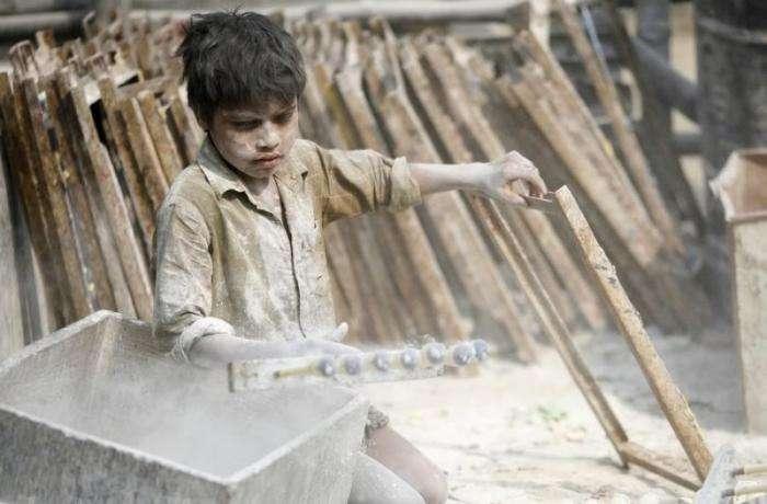 Детский труд в Бангладеш (16 фото)