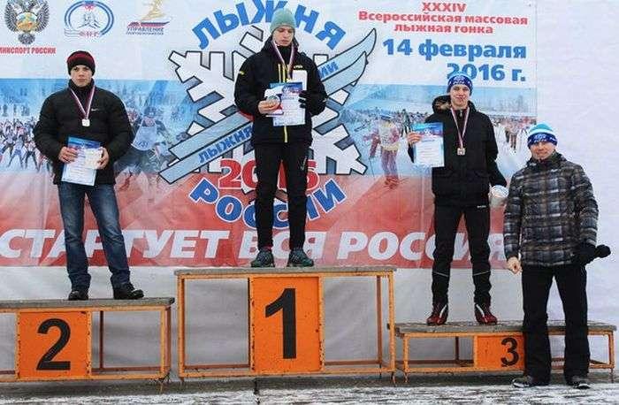 Победителей гонки 2016 наградили попкорном (2 фото)