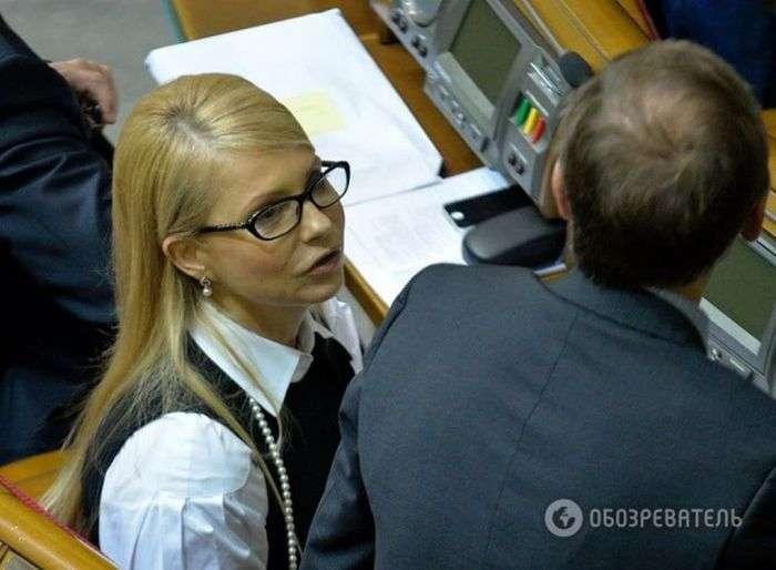 Юлия Тимошенко кардинально изменила имидж  (4 фото)