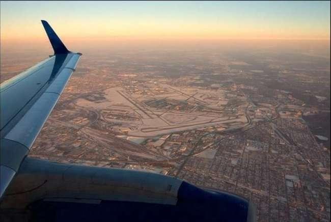 Под крылом самолета (28 фото)