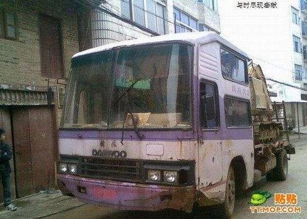 Вторая жизнь автобуса (5 фото)